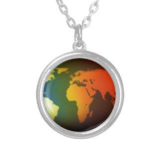 Mapa del mundo del día y de la noche collares personalizados