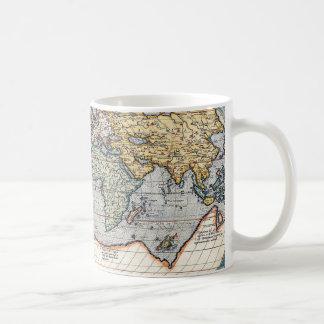 Mapa del mundo del siglo XVI antiguo Tazas De Café
