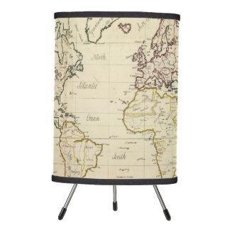 Mapa del mundo lámpara trípode