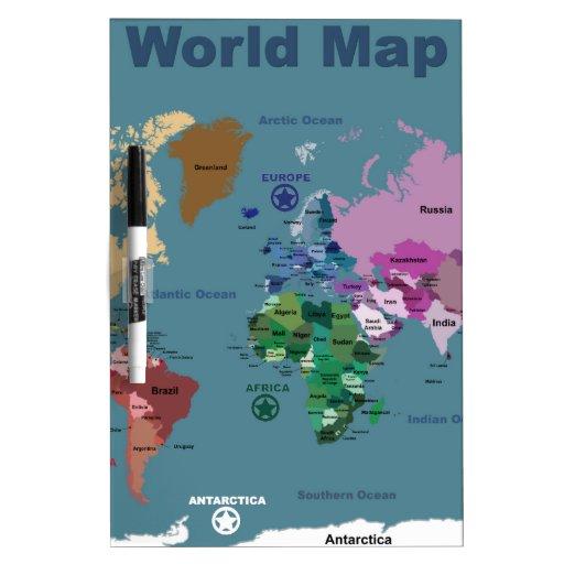 Mapa del mundo para los niños con las banderas pizarra blanca