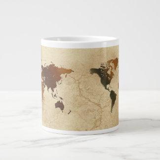 Mapa del mundo rústico en el cuenco para sopa del taza grande