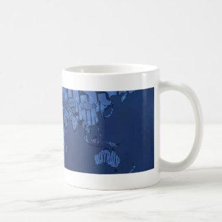 Mapa del mundo tipográfico (oscuro) taza de café