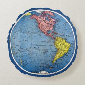 Mapa del vintage 1915 del globo del atlas del cojín redondo