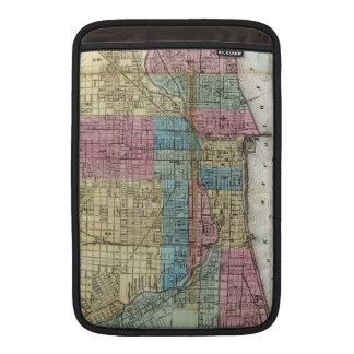 Mapa del vintage de Chicago (1869) Fundas MacBook