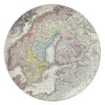 Mapa del vintage de Escandinavia (1730) Plato De Comida