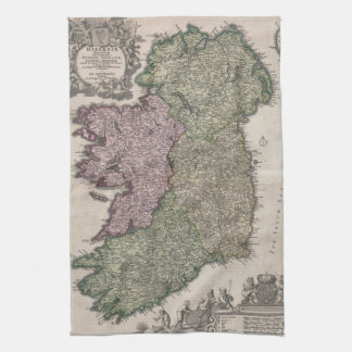 Mapa del vintage de Irlanda (1716) Toalla De Mano