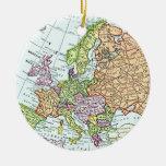 Mapa del vintage de los pasteles coloridos de adorno navideño redondo de cerámica