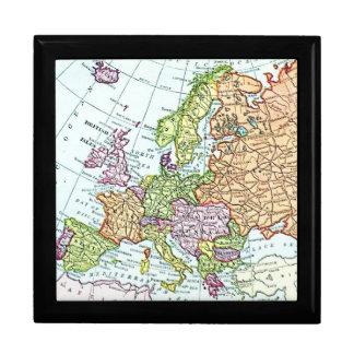 Mapa del vintage de los pasteles coloridos de Euro Joyero Cuadrado Grande
