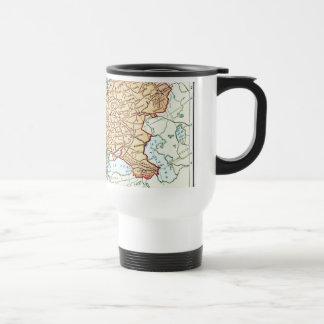 Mapa del vintage de los pasteles coloridos de taza de viaje