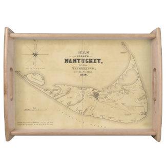 Mapa del vintage de Nantucket (1838) Bandejas