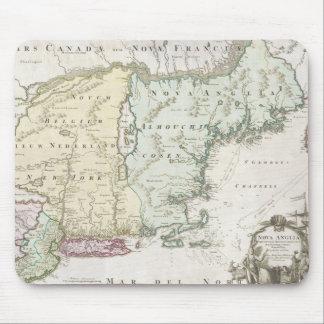 Mapa del vintage de Nueva Inglaterra (1716) Mousepads