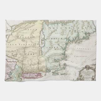 Mapa del vintage de Nueva Inglaterra (1716) Toallas De Mano