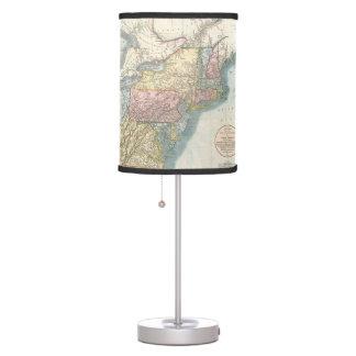 Mapa del vintage de Nueva Inglaterra (1821) Lámpara De Mesa