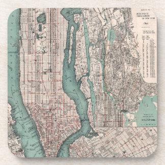 Mapa del vintage de Nueva York (1897) Posavasos De Bebida
