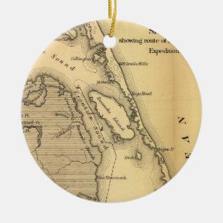 Mapa del vintage de Outer Banks (1862) Adorno Navideño Redondo De Cerámica