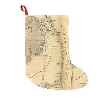 Mapa del vintage de Outer Banks (1862) Bota Navideña Pequeña