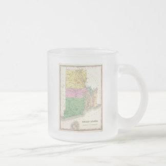 Mapa del vintage de Rhode Island (1827) Taza Cristal Mate