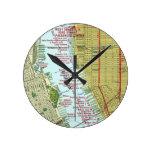 Mapa del vintage del río Hudson y de la Manhattan Relojes