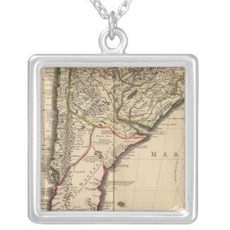 Mapa grabado suramericano pendiente personalizado
