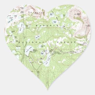 Mapa topográfico pegatina en forma de corazón