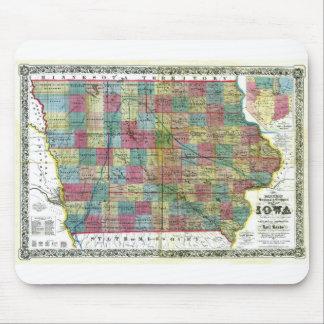 Mapa viejo 1856 de Iowa Tapetes De Ratón