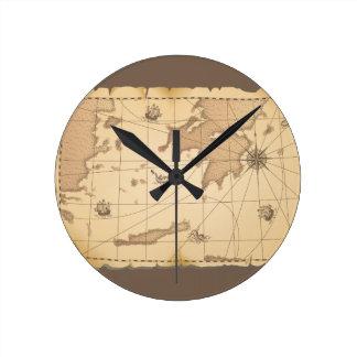 Mapa viejo del mundo con clase reloj