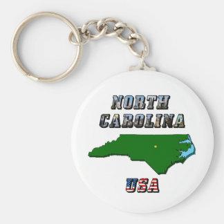 Mapa y texto de Carolina del Norte Llavero Redondo Tipo Pin