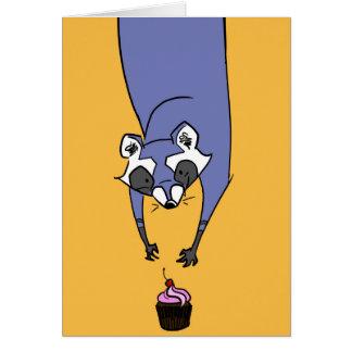 Mapache de la magdalena tarjeta de felicitación