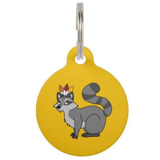 Mapache de plata de la acción de gracias con el identificador para mascotas