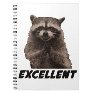 Mapache malvado excelente del trazado spiral notebooks