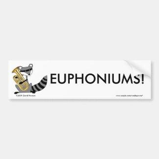 Mapache que juega el Euphonium Etiqueta De Parachoque