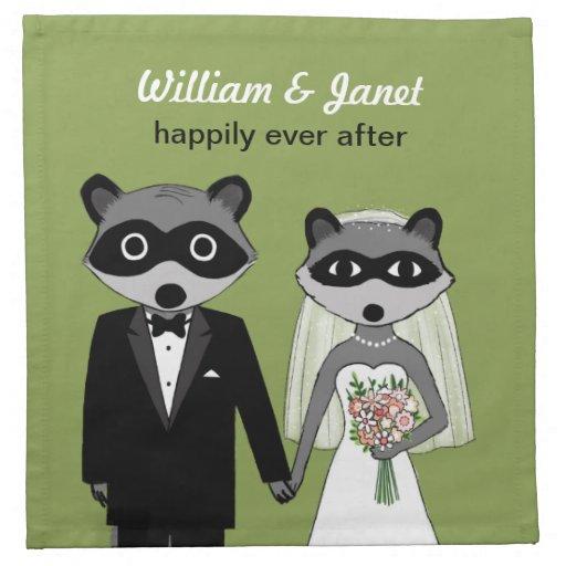 Mapaches que casan la novia y al novio con el text servilletas imprimidas