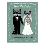 Mapaches que casan reserva el trullo de la fecha tarjetas postales