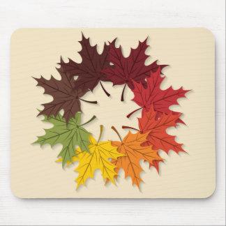 Maple leaf circle mouse pad