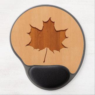 Maple leaf engraved on wood design gel mouse pad