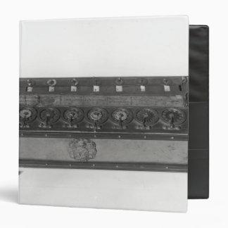"Máquina calculadora inventada carpeta 1 1/2"""