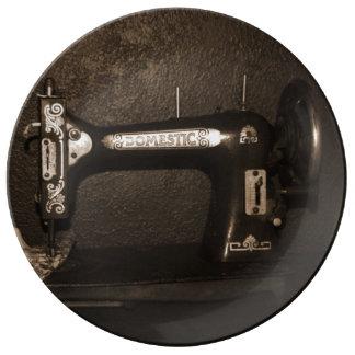Máquina de coser del vintage plato de cerámica