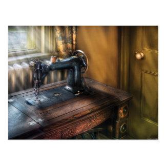 Máquina de coser - la máquina de coser tarjeta postal