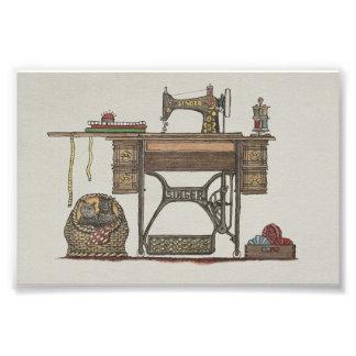 Máquina de coser y gatitos del pedal impresión fotográfica