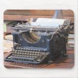 Máquina de escribir antigua Mousepad