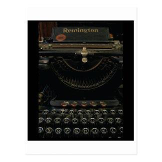 Máquina de escribir antigua tarjeta postal