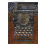 Máquina de escribir antigua vieja flaca felicitaciones