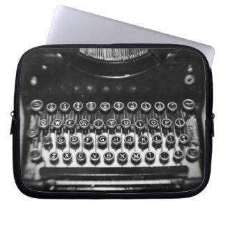Máquina de escribir blanco y negro fundas computadoras