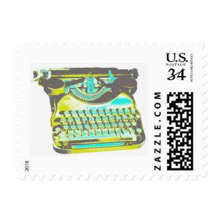 Máquina de escribir colorida retra del vintage estampillas