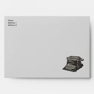 Máquina de escribir pasada de moda negra antigua d sobre
