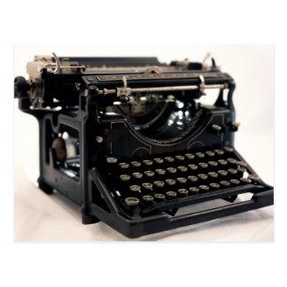 Máquina de escribir vieja postal