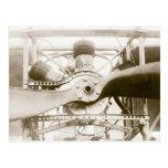 Máquina de vuelo maravillosa postales