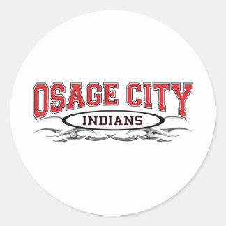 Maquinillas de afeitar de los indios de la ciudad pegatina redonda