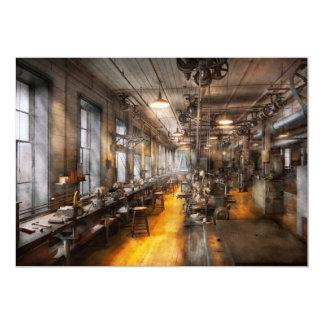 Maquinista - el taller viejo de Santa Invitación Personalizada