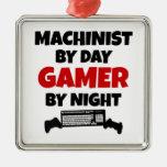 Maquinista por videojugador del día por noche adorno de reyes